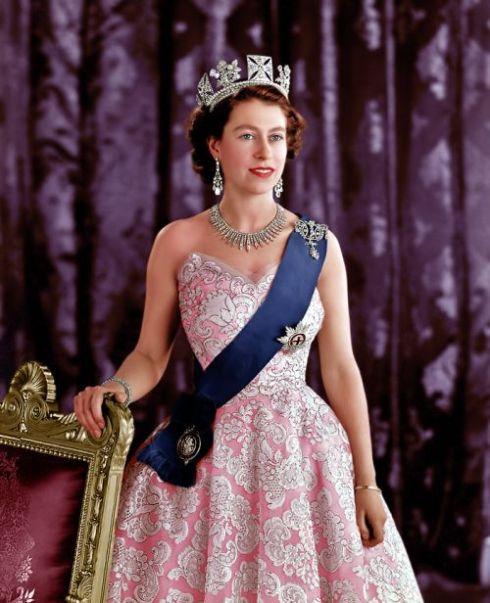 queenelizabethpink